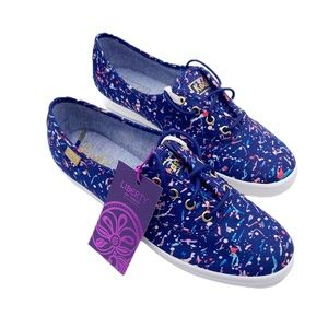 NIB KEDS liberty dot sneaker US 5.5